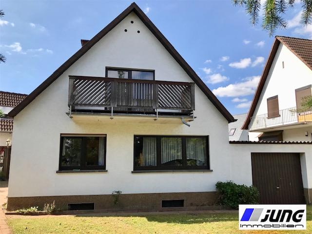 zu verkaufen: Wohnen in ruhiger Seitenstraße und direkter Uni-Nähe (Homburg)