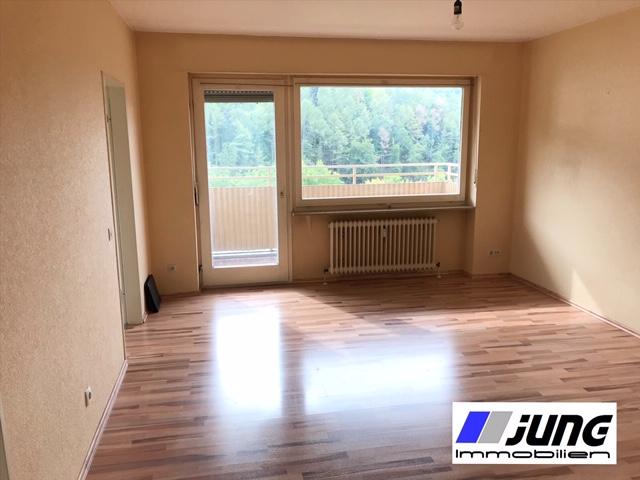zu vermieten: 2 ZKB Wohnung mit Balkon in St. Ingbert-Süd