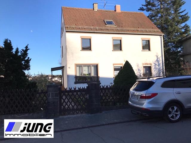 zu vermieten: großzügige 3 ZKB-Wohnung mit Dachterrasse in St. Ingbert-Rohrbach