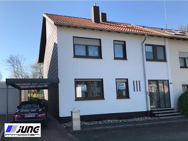 zu verkaufen: 1-2-Familienhaus in beliebter Wohnlage von St. Ingbert-Süd!