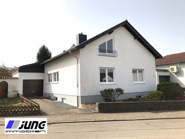zu vermieten: freistehendes Wohnhaus in ruhiger Wohlage von St. Ingbert-Rohrbach (Erstbezug)!