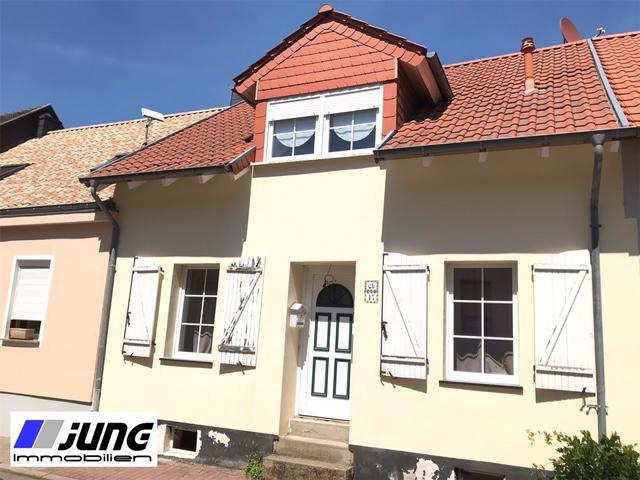 zu verkaufen: Einfamilienhaus in zentraler Wohnlage von St. Ingbert